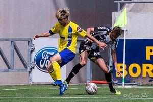 Công Phượng trở lại danh sách đăng ký thi đấu của Sint-Truidense