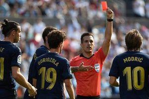 CĐV Real Madrid đòi giết trọng tài vì rút thẻ đỏ Luca Modric