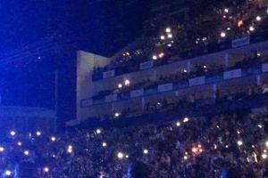 Có ai ngờ Harry Styles lại chính là fan cứng của Ariana Grande thế này!