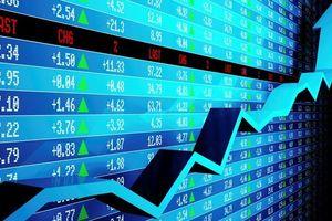 Đầu tư chứng khoán ở Việt Nam: Cơ hội lớn hơn rủi ro