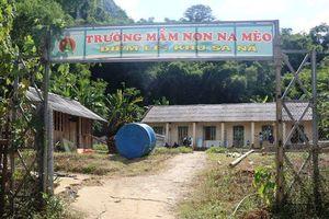 Quan Sơn (Thanh Hóa): Dựng phòng lắp ghép cho học sinh vùng lũ Sa Ná