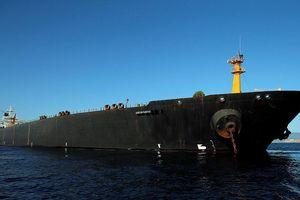 Bất chấp Mỹ ngăn cản, tàu chở dầu Iran chính thức rẽ sóng ra khơi, rời khỏi Gibraltar