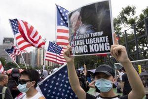 Tổng thống Mỹ cảnh báo Trung Quốc đừng tái diễn Thiên An Môn ở Hồng Kông