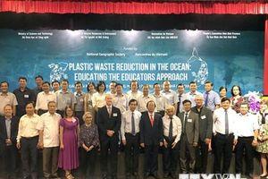 Hội thảo quốc tế về giảm thiểu chất thải nhựa vào đại dương