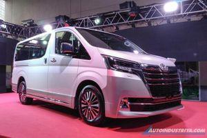 MPV Toyota Hiace Super Grandia 2020 chính thức ra mắt Philippines