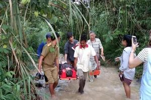 Xe rơi xuống hẻm núi, 13 du khách Trung Quốc thiệt mạng ở Lào