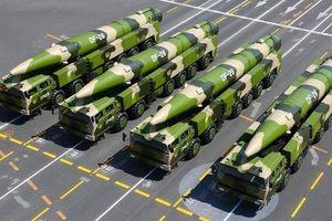 Tên lửa TQ có thể 'bẻ gãy' các căn cứ Mỹ trong vài giờ?
