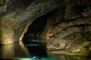 Những 'dấu chân hoang' bước tìm vườn địa đàng nơi trần thế (bài cuối): Hành trình ly kỳ lặn tìm sông ngầm bí ẩn bên trong hang Sơn Đoòng