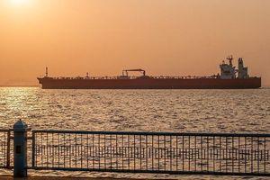 Mỹ đe dọa: Hỗ trợ tàu chở dầu Iran sẽ là tiếp tay cho khủng bố