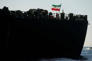 Iran cảnh báo Mỹ về ý định bắt giữ tàu dầu