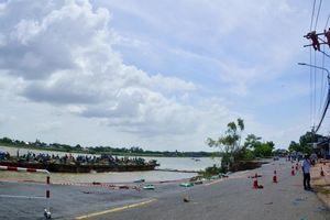 Ban bố tình huống khẩn cấp sạt lở bờ Sông Hậu