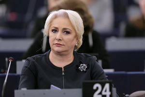 Nội bộ Romania rạn nứt, đe dọa liên minh cầm quyền sụp đổ