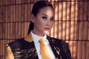 Hoa hậu Khánh Ngân diện vest, khoe vẻ đẹp cá tính