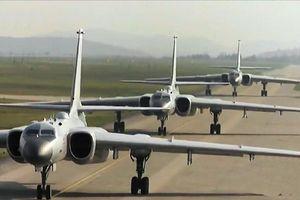 Phiên bản mới oanh tạc cơ H-6 số một Trung Quốc có đáng sợ?