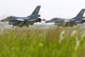 Bất chấp phản đối, Mỹ đồng ý bán 8 tỉ USD máy bay tiêm kích cho Đài Loan