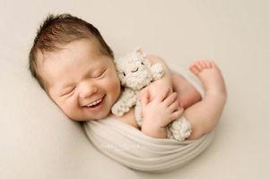 Bộ ảnh 'Khi trẻ sơ sinh có răng' khiến ai xem cũng không nhịn được cười