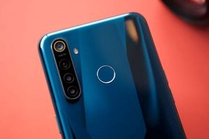 Trên tay Realme 5 Pro vừa trình làng: 4 camera, pin 'khủng', cấu hình tốt, giá 'mềm'