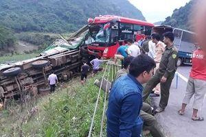 Danh tính các nạn nhân vụ xe khách tông xe tải ở Hòa Bình