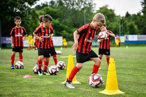 Tháng 11, khai trương Học viện đào tạo bóng đá AC Milan Hà Nội