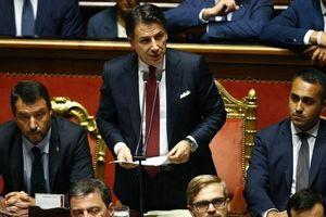 Chính trường Italy: Từ hỗn loạn thành khủng hoảng