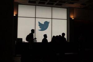 Twitter và M.U ngồi lại với nhau giải quyết vụ miệt thị Pogba