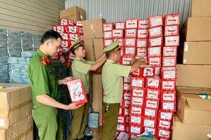 Phát hiện 56.980 chiếc bánh dẻo Mashu Trung Quốc sản xuất, không có hóa đơn chứng từ