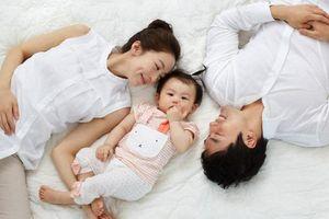Bí quyết giúp cặp đôi luôn giữ được lửa ấm, tình nồng dù bận bịu con nhỏ