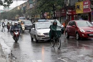 Phía Nam và Tây nội thành Hà Nội chuẩn bị mưa rào, phòng gió giật mạnh