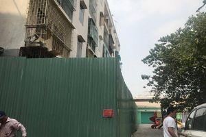 Khẩn cấp tháo dỡ Lô E chung cư 518 Võ Văn Kiệt ở Q.1