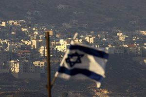 Quân đội Israel bắn nhầm máy bay dân sự ở biên giới Syria
