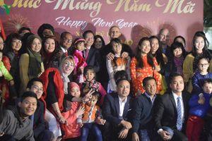 Cộng đồng người Việt tại Ai Cập thực hiện ước nguyện của Bác