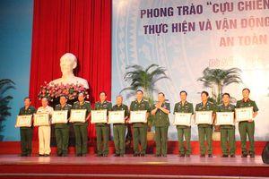 Phát động phong trào CCB Việt Nam gương mẫu thực hiện và vận động nhân dân giữ gìn trật tự ATGT