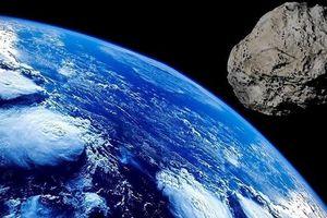Một thiên thạch khổng lồ đang lao hướng về Trái đất với tốc độ hơn 23 nghìn km/h