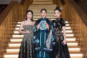 Hoa hậu Tiểu Vy tạo hình đẹp lạ đón sinh nhật tuổi 19
