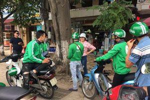 Đề xuất xe ôm hành nghề ở Hà Nội phải có thẻ