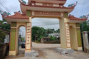Thanh Hóa: Dân vây nhóm côn đồ đập phá cổng làng