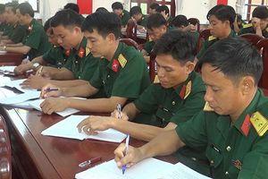 Hơn 340 sĩ quan nghiên cứu chuyên đề học tập, làm theo Bác