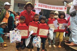 Chung tay chăm lo học sinh nghèo trước thềm năm học mới