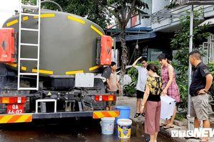 Đà Nẵng lại họp khẩn, huy động xe quân đội cấp nước cho dân
