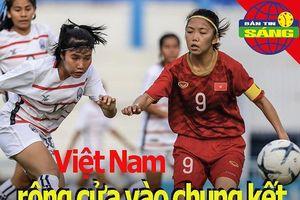 Tuyển nữ Việt Nam rộng cửa vào chung kết; Công Phượng bị chê
