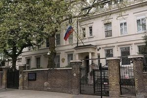 Mong cải thiện quan hệ song phương với Anh, Nga vẫn đợi London hành động trước