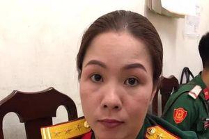 Hà Nội: Bắt 'nữ quái' giả danh Thượng tá quân đội lừa đảo