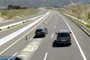 Lầm tưởng tai hại về hệ thống kiểm soát hành trình ô tô và những lưu ý 'sống còn'