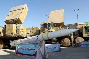 Tư lệnh IRGC: Iran đã bắn thử nghiệm một tên lửa mới