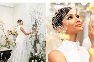 Facebook sao Việt hôm nay (24/8): H'hen Niê khoe ảnh cưới