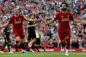 Salah lập cú đúp, Liverpool 'vùi dập' Arsenal chiếm ngôi đầu