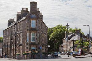 Con đường dài 2 m, ngắn nhất thế giới ở Scotland