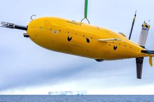 Những robot tân tiến chinh phục từ biển sâu băng giá đến Sao Hỏa