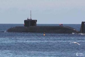 Tàu ngầm Nga bị NATO theo dõi