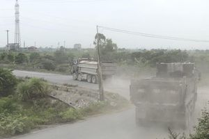 Tiếp bài Đê sông Đáy 'oằn mình' cõng xe quá tải (Hà Nam): Xã 'quá mệt mỏi'